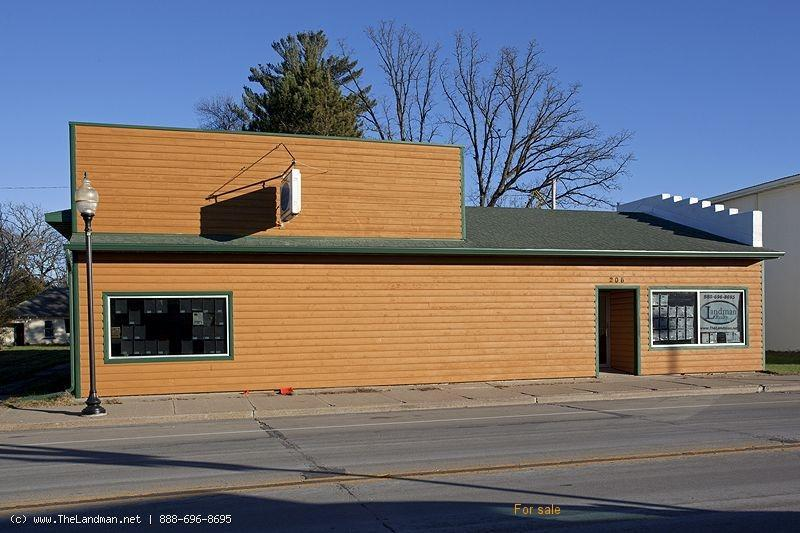 1800399, Commercial Building with 4 Bedroom House